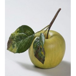 Яблоко нежно-зеленое на веточке д-7,5 см 12/144